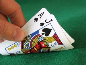 Online live blackjack spelen